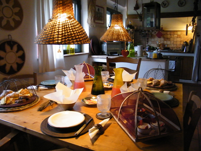 -bb-at-home-in-maremma-breakfast10